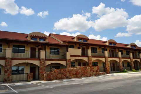 Photo of 2420 N 1st St, Carrizo Springs, TX 78834