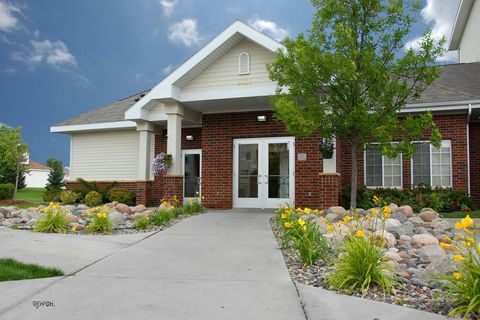 Photo of 9325 Garland Ave, Maple Grove, MN 55311