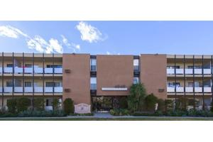 Photo Tyrone Terrace Apartments 4949 Ave Los Angeles Ca 91423