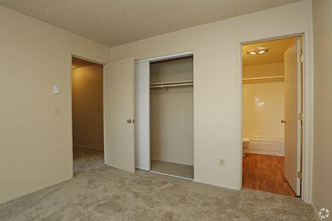 Photo of 12270 Sw Center St, Beaverton, OR 97005