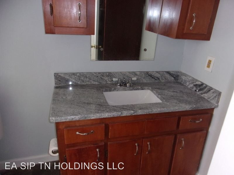 1500 Bell Ridge Rd, Johnson City, TN 37601