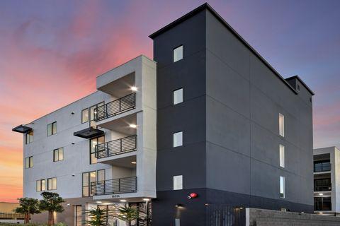 Photo Of 18334 Malden St Northridge Ca 91325 Apartment For Rent