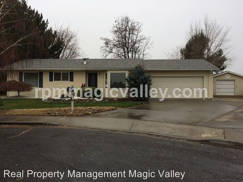 810 Chase Dr, Twin Falls, ID 83301