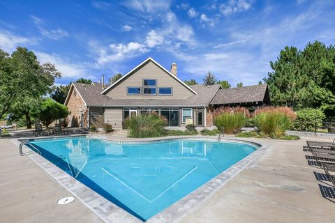 Photo of 6221 Castlegate Dr W, Castle Rock, CO 80108
