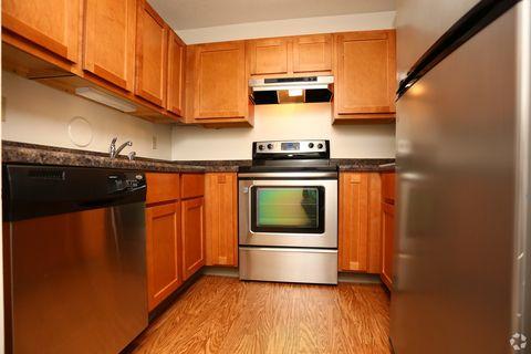 Photo of 941 Clubhouse Ln, O Fallon, MO 63366