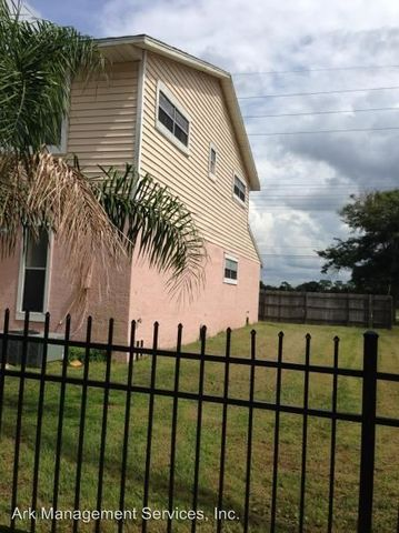 1058 S Hoagland Blvd Kissimmee FL 34741