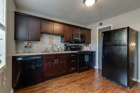 Photo of 2701 Sevier Ave, Knoxville, TN 37920