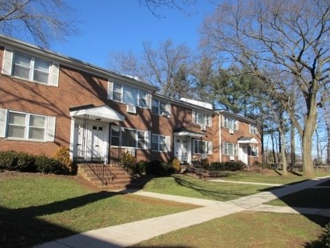 Photo of 1300 Route 22, North Plainfield, NJ 07060