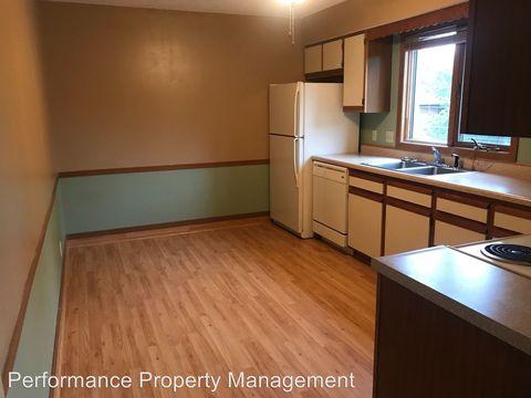 Photo of 540 N 4th St, Seward, NE 68434