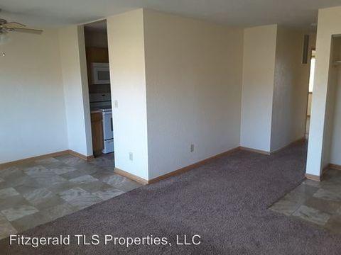 227 S Chambers Ave, Owatonna, MN 55060
