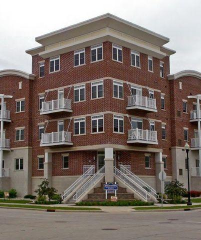 Photo of 495 Pearl Ave, Oshkosh, WI 54901