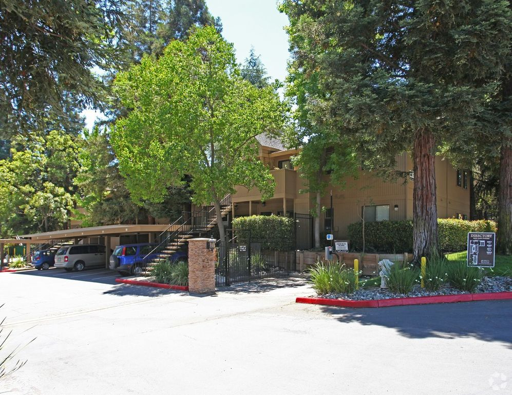 fair oaks personals Fair oaks court provided affordable homeownership opportunities for a range of household incomesthe unit mix includes 33 low- and moderate-income units, 3 workforce homes, 4 market rate homes, and 1 commercial unit.