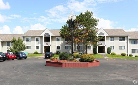 508 Ivy Ridge Rd, Syracuse, NY 13210