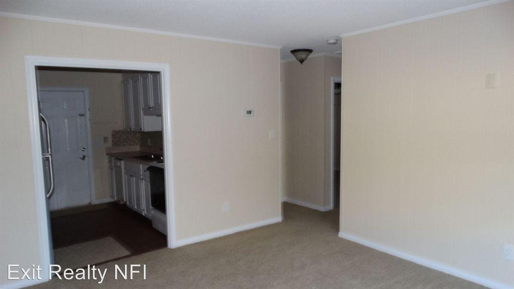 5820 Sanders St Apt C Pensacola Fl 32504 Home For Rent Realtor