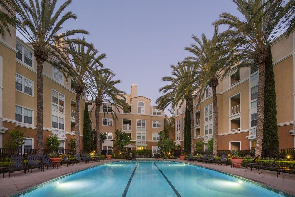 3535 Lebon Dr, San Diego, CA 92122