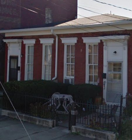 Photo of 432 E Caldwell St # 434, Louisville, KY 40203