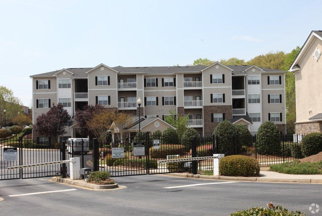 150 Carrington Park Dr, Gainesville, GA 30504