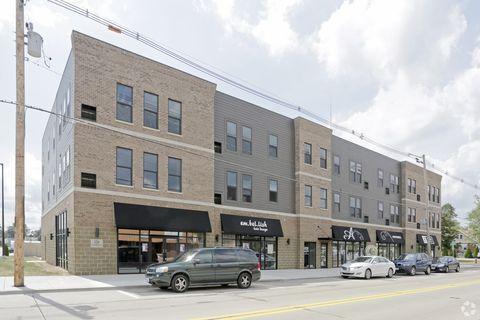 Photo of 120 W Jefferson St, Morton, IL 61550