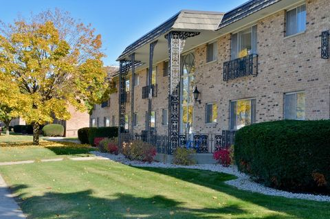 Photo of 9627-9743 W National Ave, West Allis, WI 53227