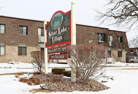 Photo of 917 Silver Lake Dr, Portage, WI 53901