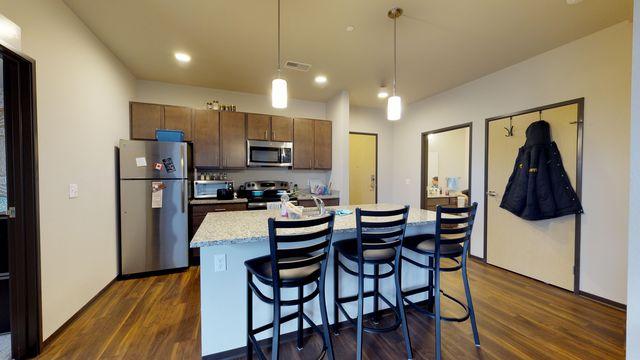 416 Iowa Ave Iowa City Ia 52240 Home For Rent Realtor Com