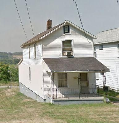 53 Main St, Campbell, OH 44405