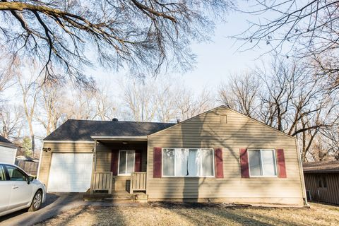 Photo of 5405 Reeds Rd, Mission, KS 66202