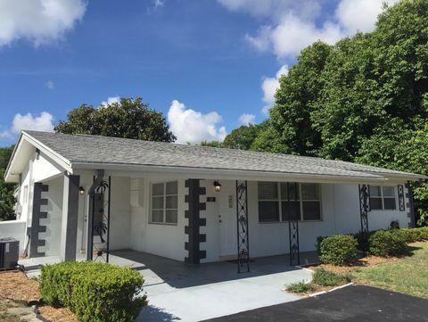 120 Sparrow Ave, Sebring, FL 33870
