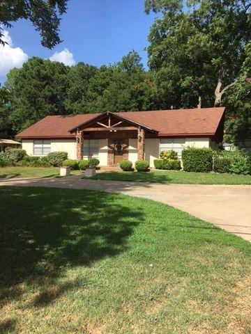 Photo of 210 N Lane Ave, Athens, TX 75751