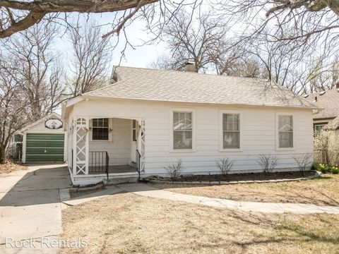 321 E 14th Ave, Hutchinson, KS 67501