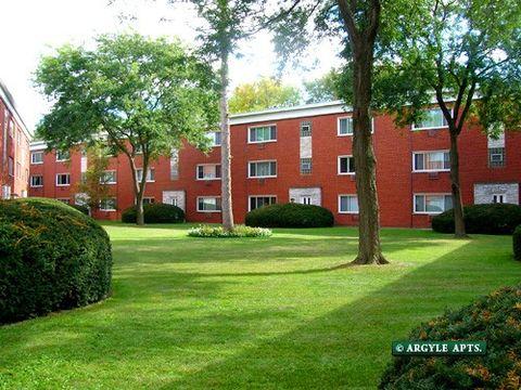 Photo of 483 S Argyle Ave, Elmhurst, IL 60126