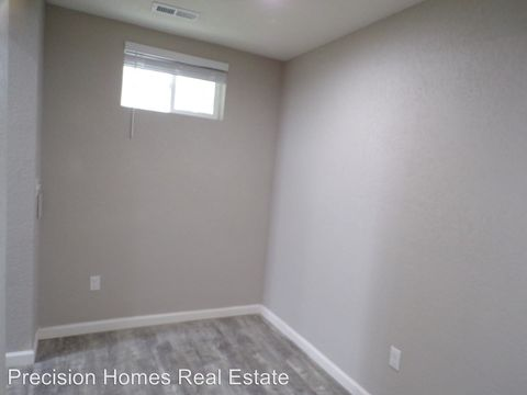 Photo of 501 N 4th St, Sterling, CO 80751