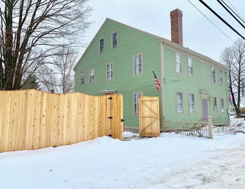 Photo of 106 Franklin St, Bucksport, ME 04416