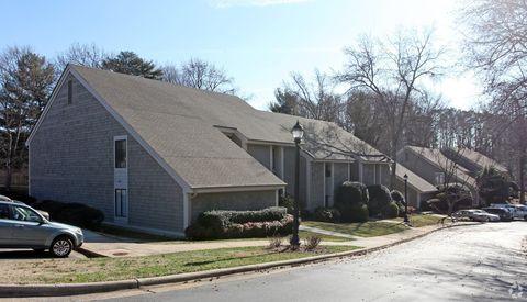 Photo of 1502-1524 Benjamin Pkwy, Greensboro, NC 27408
