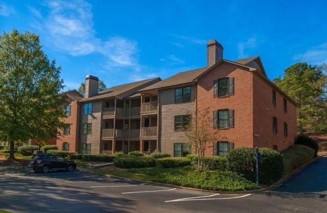 Woodmere Creek Apartments
