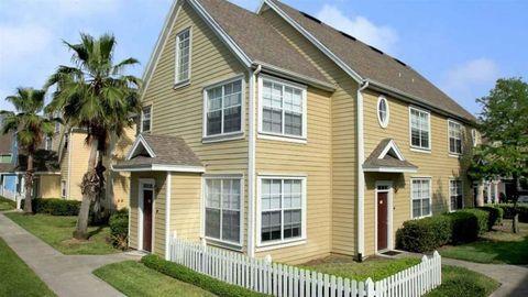 13300 Colony Square Dr, Orlando, FL 32837. Apartment For Rent