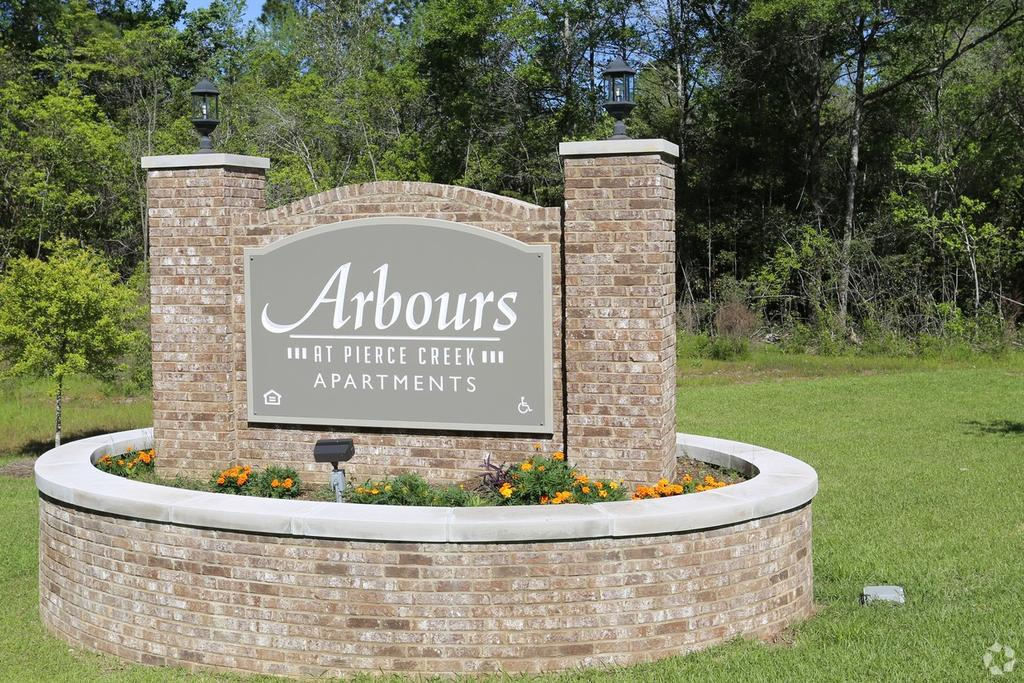 Arbours at Pierce Creek
