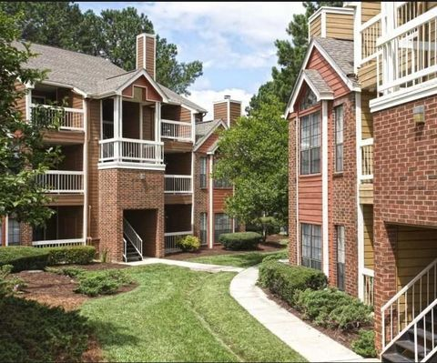 Photo of 3131 Calvary Dr, Raleigh, NC 27604