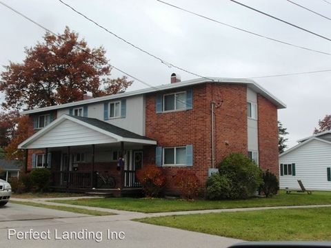 9708 A 7th St, Oscoda, MI 48750