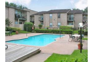 Apartments for Rent at 2901 Airport Ave, Rosenberg, TX, 77471 ...