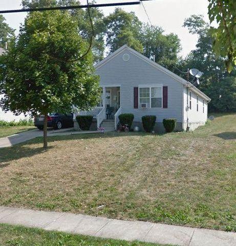 146 Chambers St, Campbell, OH 44405