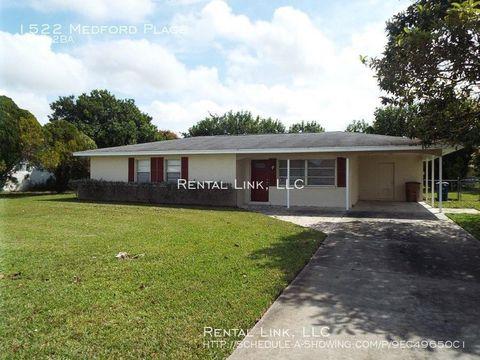Photo of 1522 Medford Pl, Lehigh Acres, FL 33936