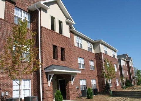 Photo of 1416 E Washington St, Greensboro, NC 27401