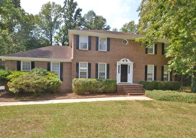 110 Country Squire Dr Fayetteville GA 30215