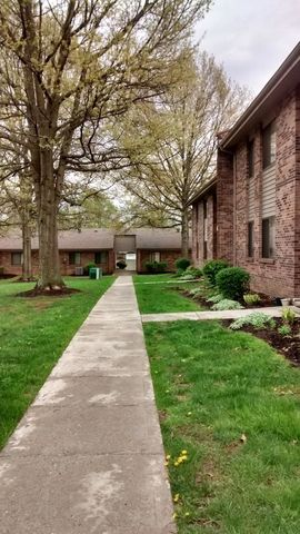 Photo of 1001 Wildwood Apartment, London, KY 40744