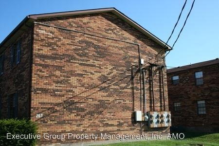267 Shelby Ave, Radcliff, KY 40160