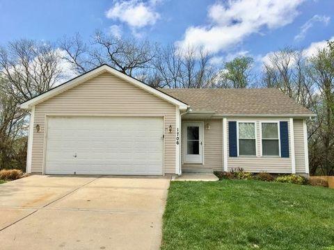 1706 Brooke Ct, Kearney, MO 64060