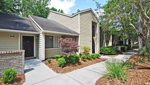4455 Sw 34th St, Gainesville, FL 32608. Apartment For Rent
