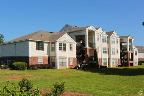 Photo of 2800 Herrington Woods Ct, Lawrenceville, GA 30044