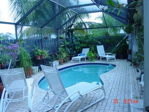 Photo of 1206 Shibumy Cir Apt A, Wpb, FL 33415